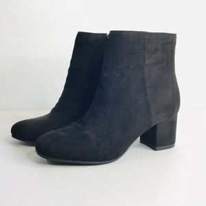 Time and Tru vegan suede fabric ankle booties
